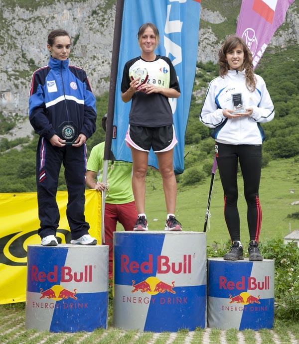 Podio femenino Km Vertical Fuente Dé 2011