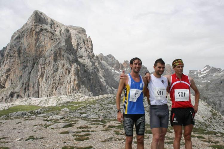 Tres primeros clasificados Km Vertical Fuente Dé® 2011