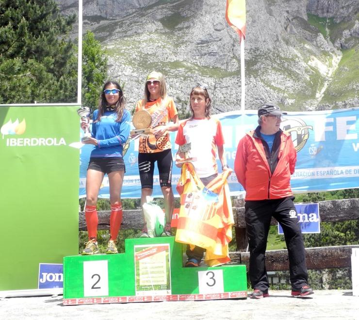 Podio femenino V Km Vertical® Fuente Dé 2014
